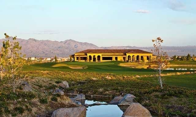LOS LAGOS GOLF CLUBHOUSE